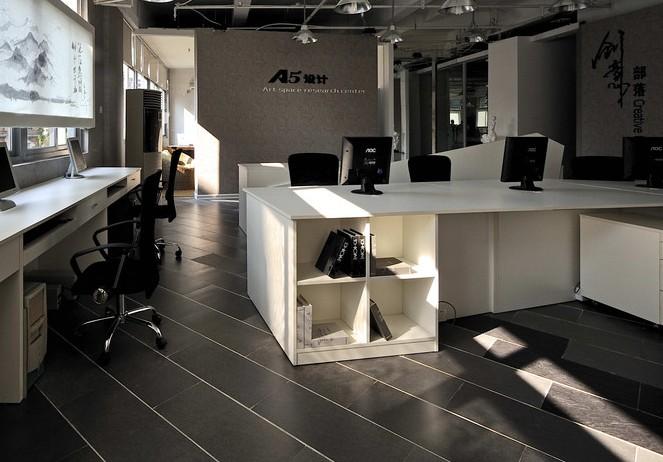 小面积办公室装修有哪些技巧_合肥绚丽效果图-专业的